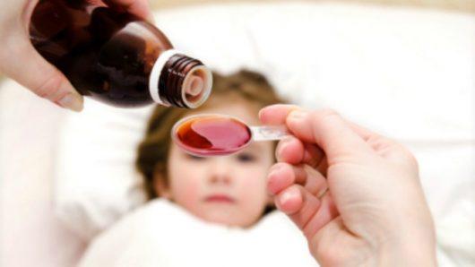 Hãy dừng sử dụng thuốc kháng sinh cho bé và lựa chọn dòng sản phẩm phù hợp