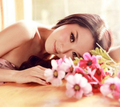 Làn da thể hiện cho vẻ đẹp và tuổi trẻ của người phụ nữ