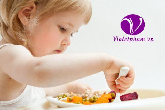 Bổ sung Vitamin và khoáng chất dành cho bé