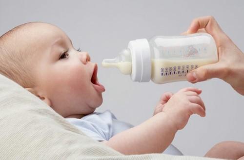 Lựa chọn sữa công thức dành cho bé yêu