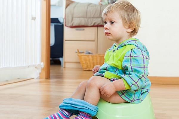 Dị ứng thực phẩm ở trẻ em thường đi kèm tiêu chảy