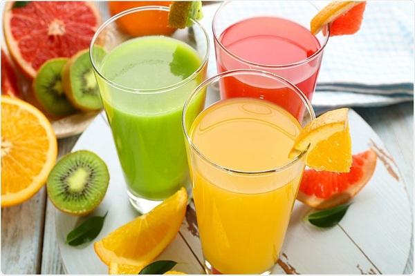 Không nên cho trẻ dưới 6 tháng tuổi dùng nước ép trái cây