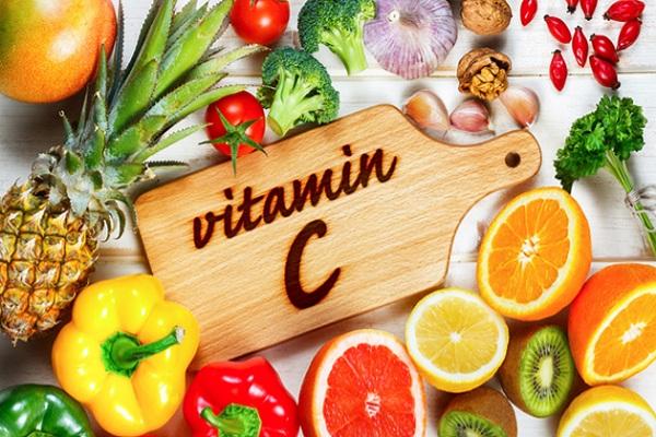 Vitamin C tăng cường hấp thu sắt