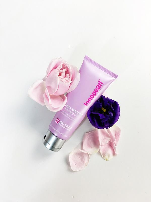 Làm sạch và  dưỡng da hoàn hảo