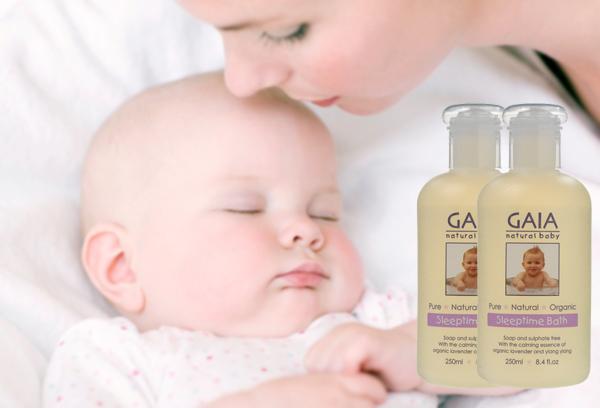 sữa tắm giúp bé ngủ ngon